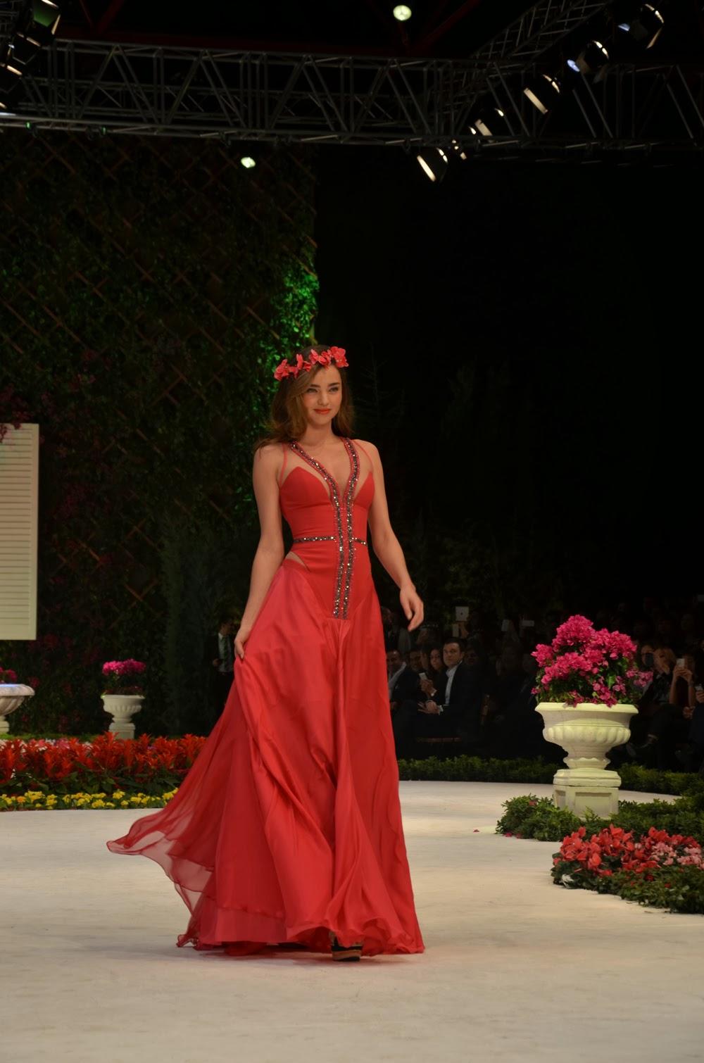 Dosso dossi fashion show antalya 81
