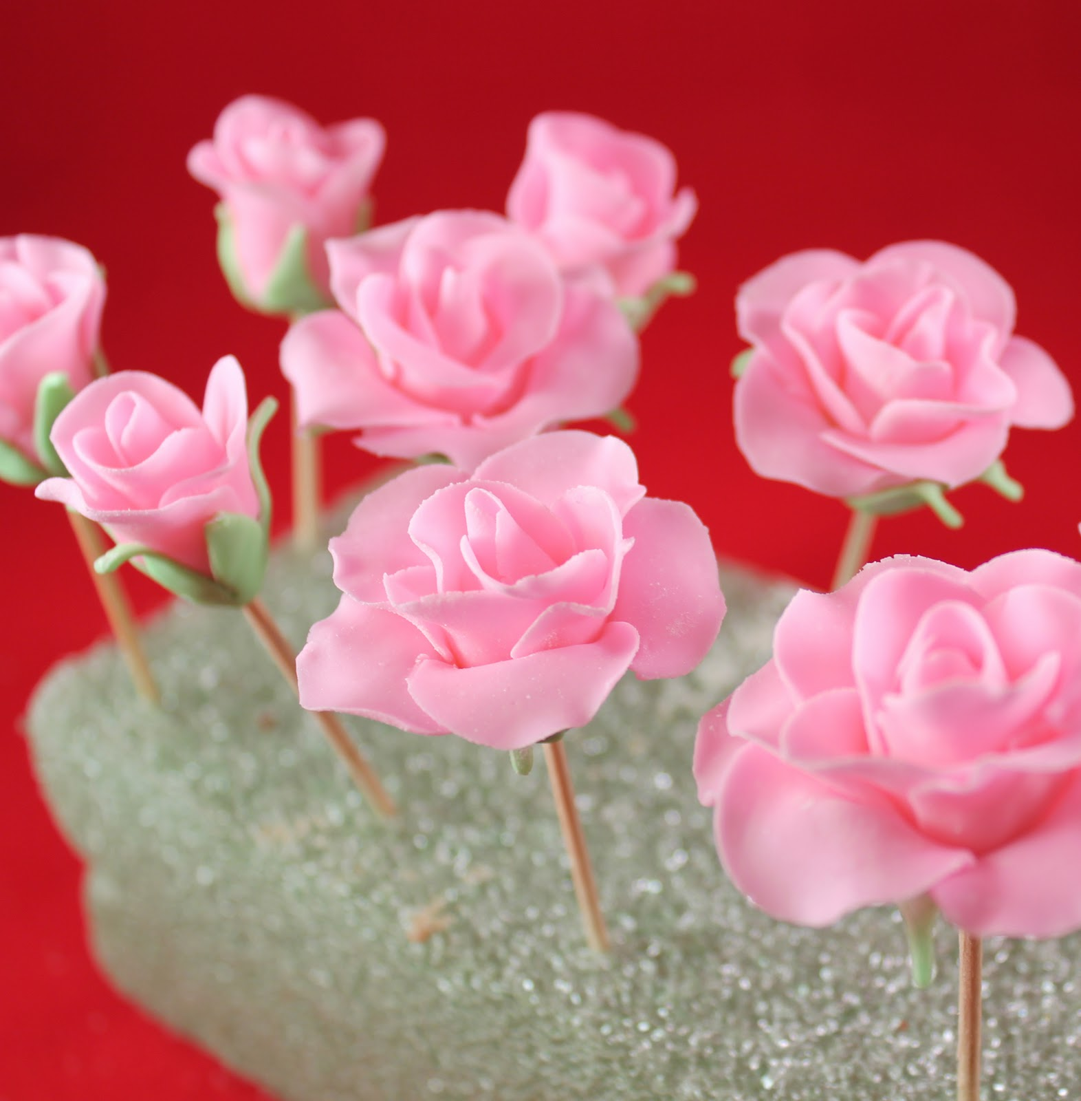 Fondant Roses Tutorial Gwens Kitchen Creations
