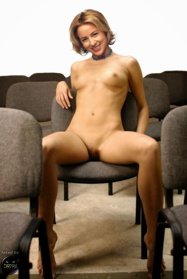 Traylor howard nude gifs photos 93