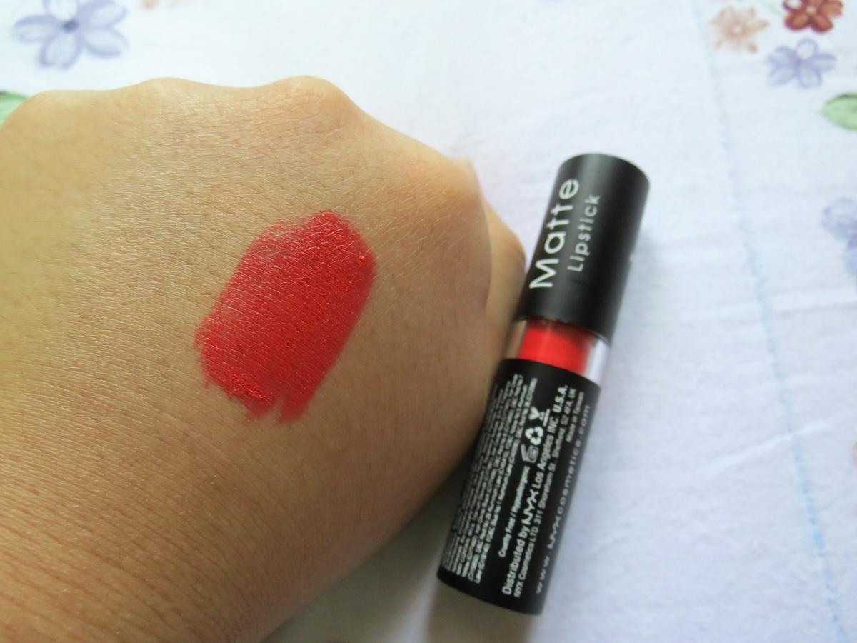 Nyx Lipstick Indie Flick Love struck: NYX Matte...