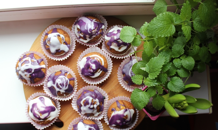 purple toppinng muffins