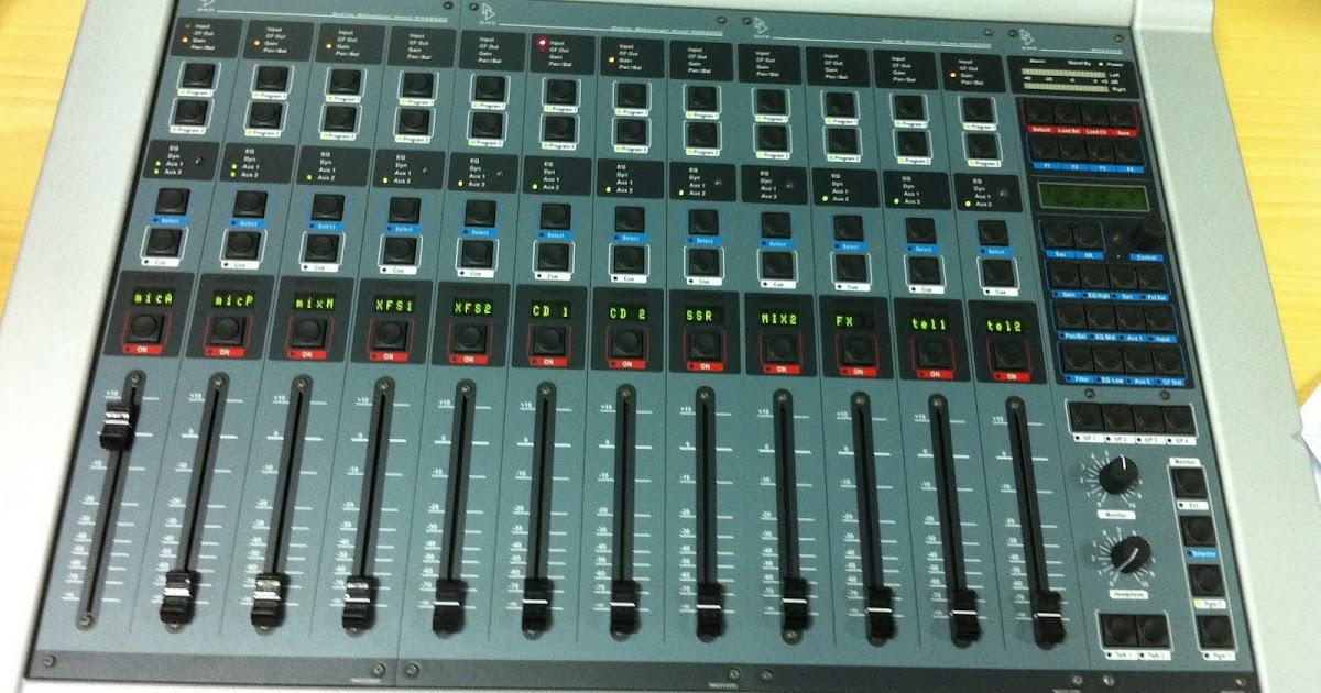 Radiogarci la mesa de mezclas for Mesa de mezclas fonestar