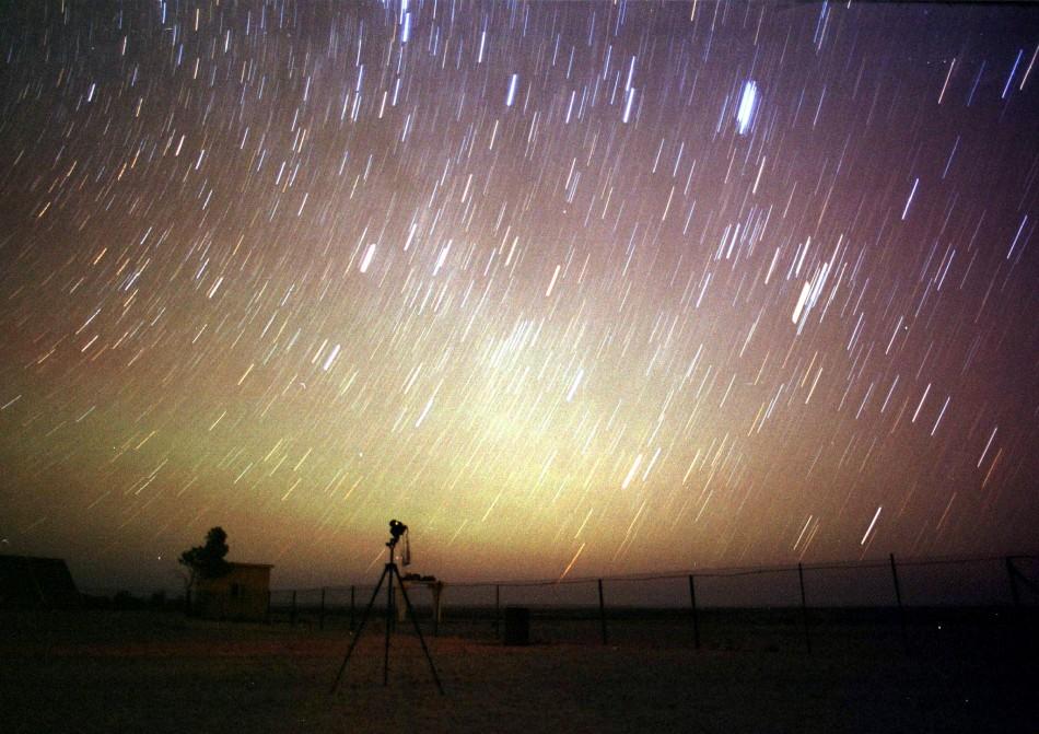 http://3.bp.blogspot.com/-IAwhy9sSdI8/UIJAlkykz2I/AAAAAAAAAC8/ncF03Ni4cc0/s1600/140204-double-meteor-shower-tonight-spectacular-cosmic-glimp.jpg