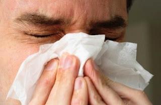 Έχεις μπουκωμένη μύτη; Δες ένα πανέξυπνο κόλπο για να την ξεβουλώσεις σε 2 λεπτά! [video]