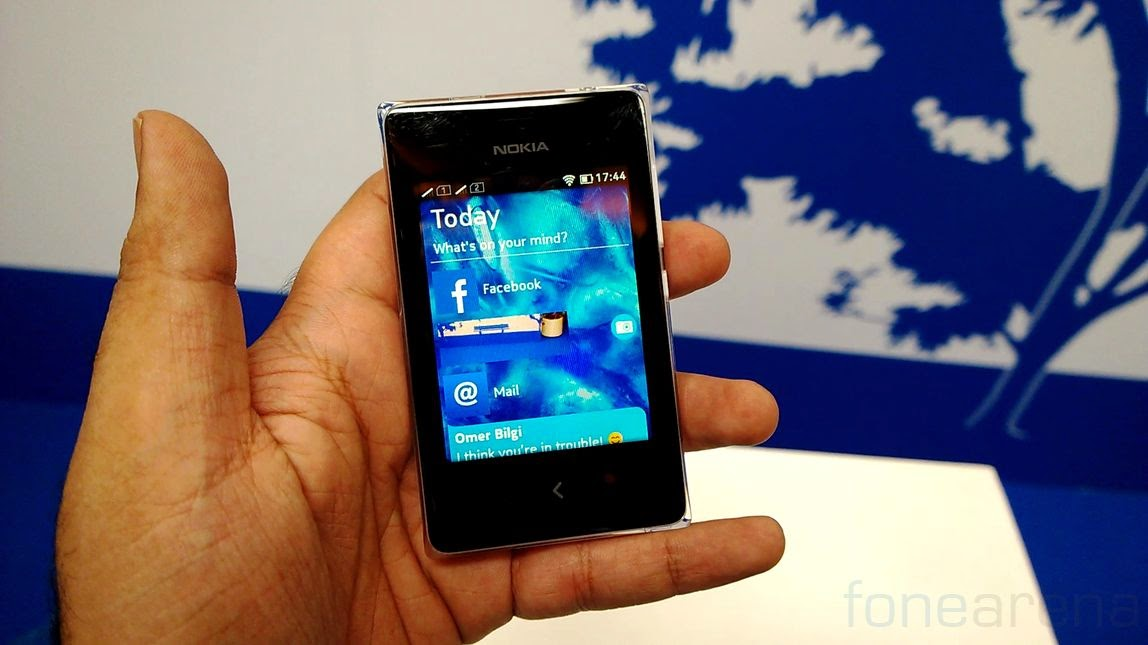 Nokia Asha 502 Specifications and Review