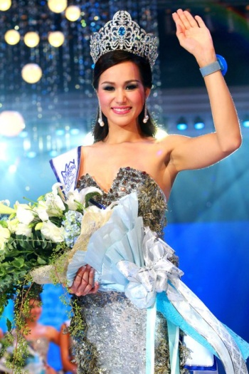 miss thailand world 2011 winner pacharida julie rodkongka