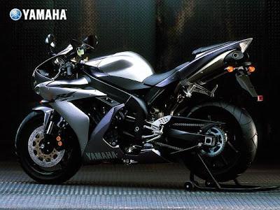 Yamaha YZF- R1: 297kph