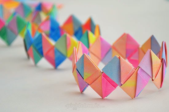 how to make butterfly bracelet out of paper clips