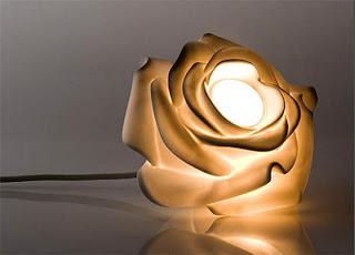 Lampu Berbentuk Bunga