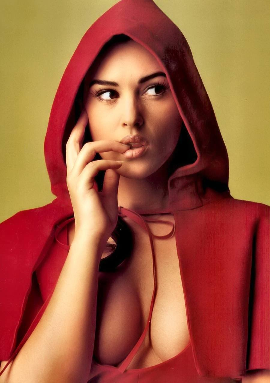 936full-monica-bellucci.jpg