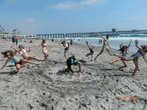 Cool Group Photo Ideas
