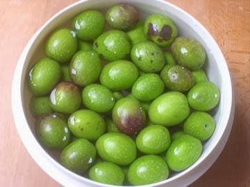 Green olives 2013