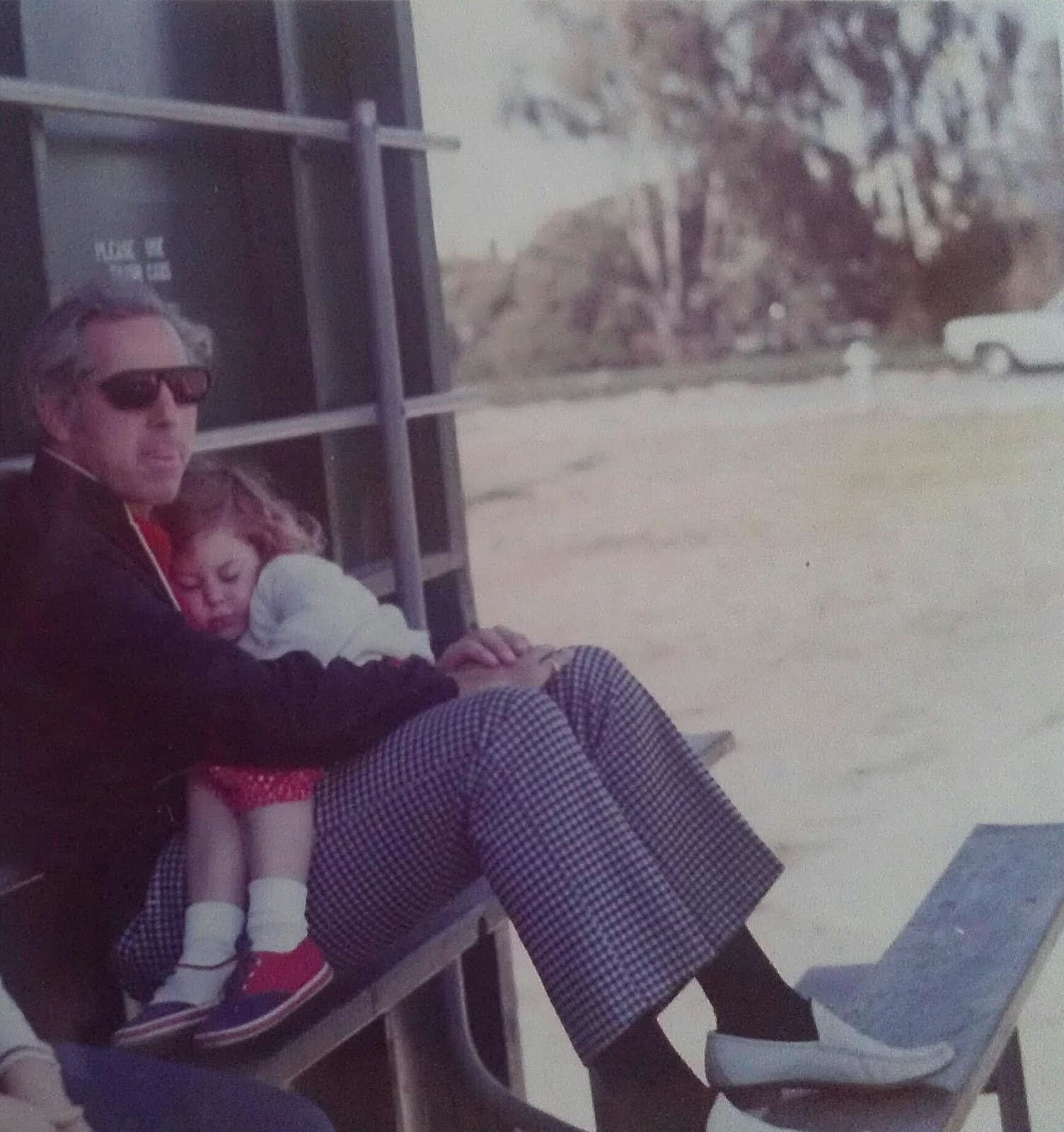 FAVORITE PIC OF ME & MY DAD circa 1972