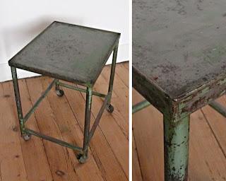Les traficoteuses meuble metallique a roulettes vintage - Petit meuble industriel metal ...
