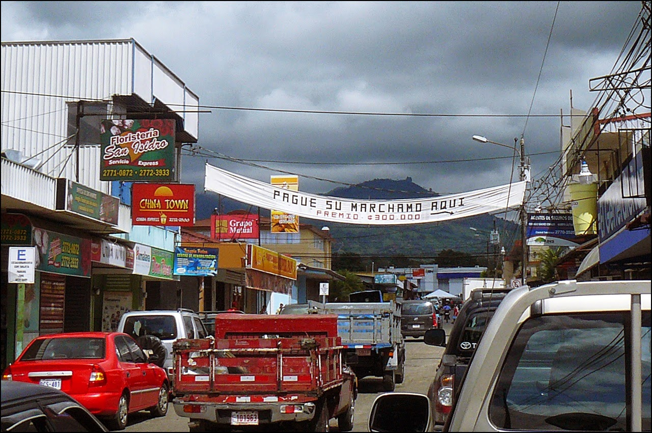 Sign reminding folks it's time for yearly marchamo payment Costa Rica