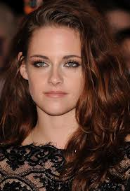 Kristen Stewart is officially starring in the sequel of  'Snow White and the Huntsman'