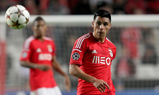 Valencia agree deal for Benfica midfielder Enzo Perez