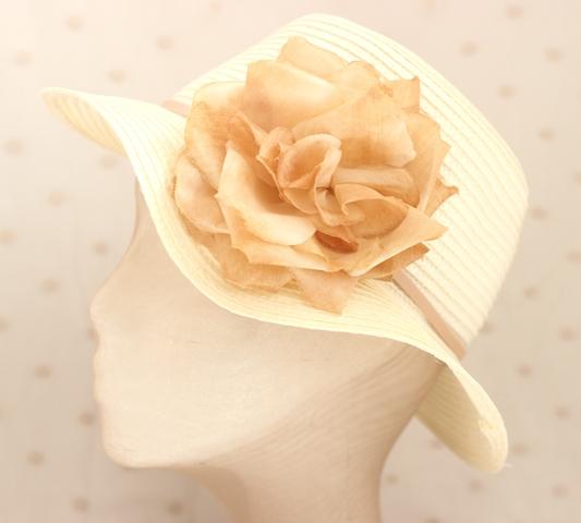 Colección La Cesta - Sombrero Nude Flor