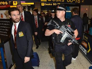 Skuad United Dikawal Polisi Bersenjata