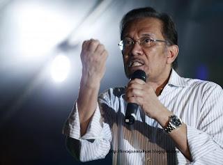 Datuk Seri Anwar Ibrahim,