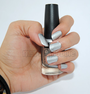 CND Silver Chrome swatch