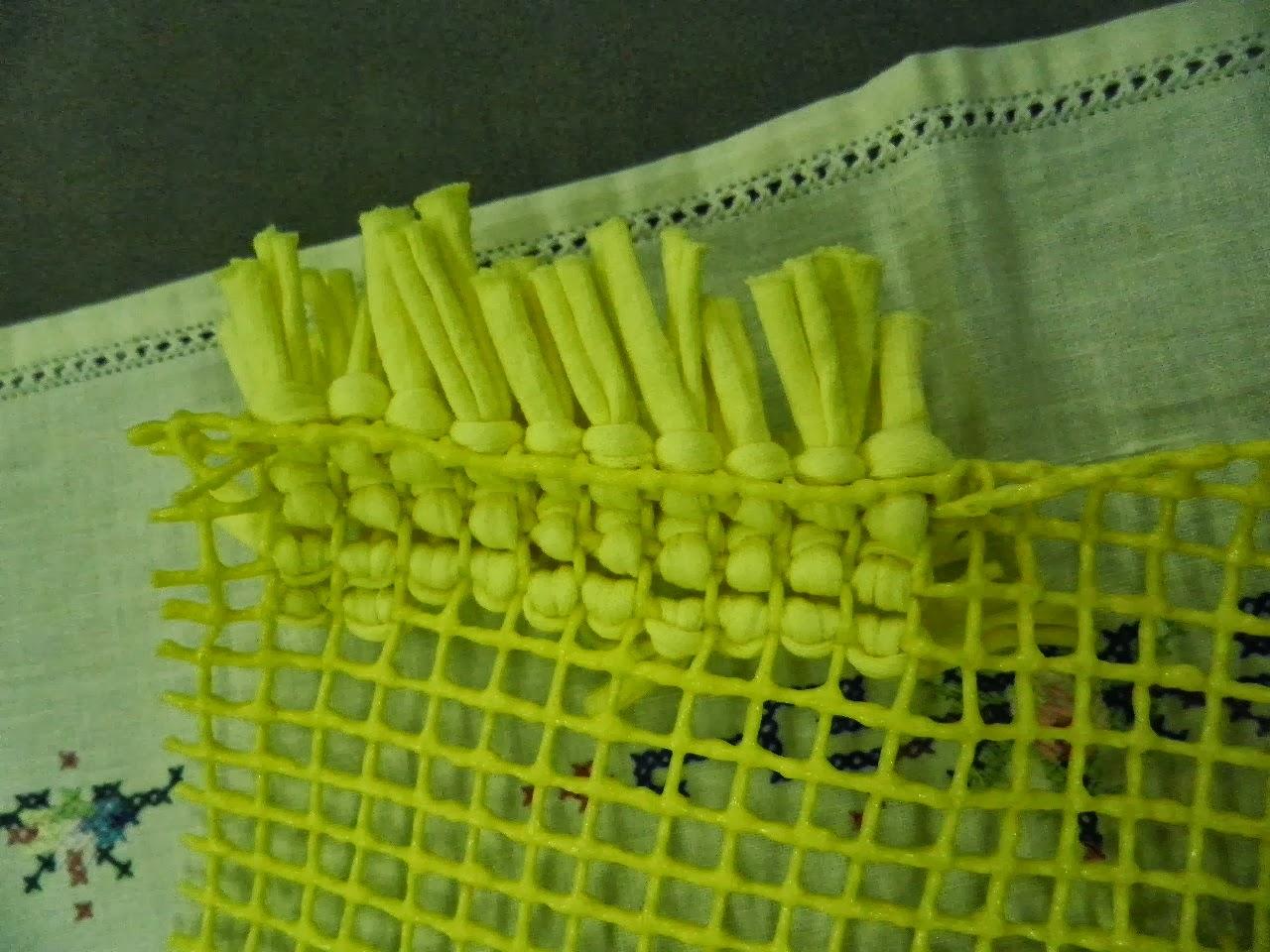 Artes anas alfombra de trapillo con nudo a mano o con aguja for Alfombra nudos
