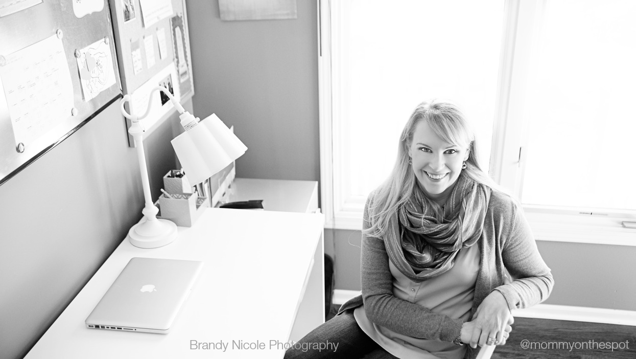 mommy on the spot desk photo brandy nicole photography