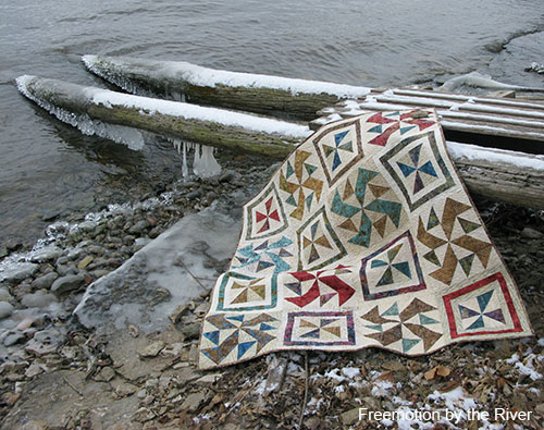 Quilt along the Mississippi river at Freemotion by the River