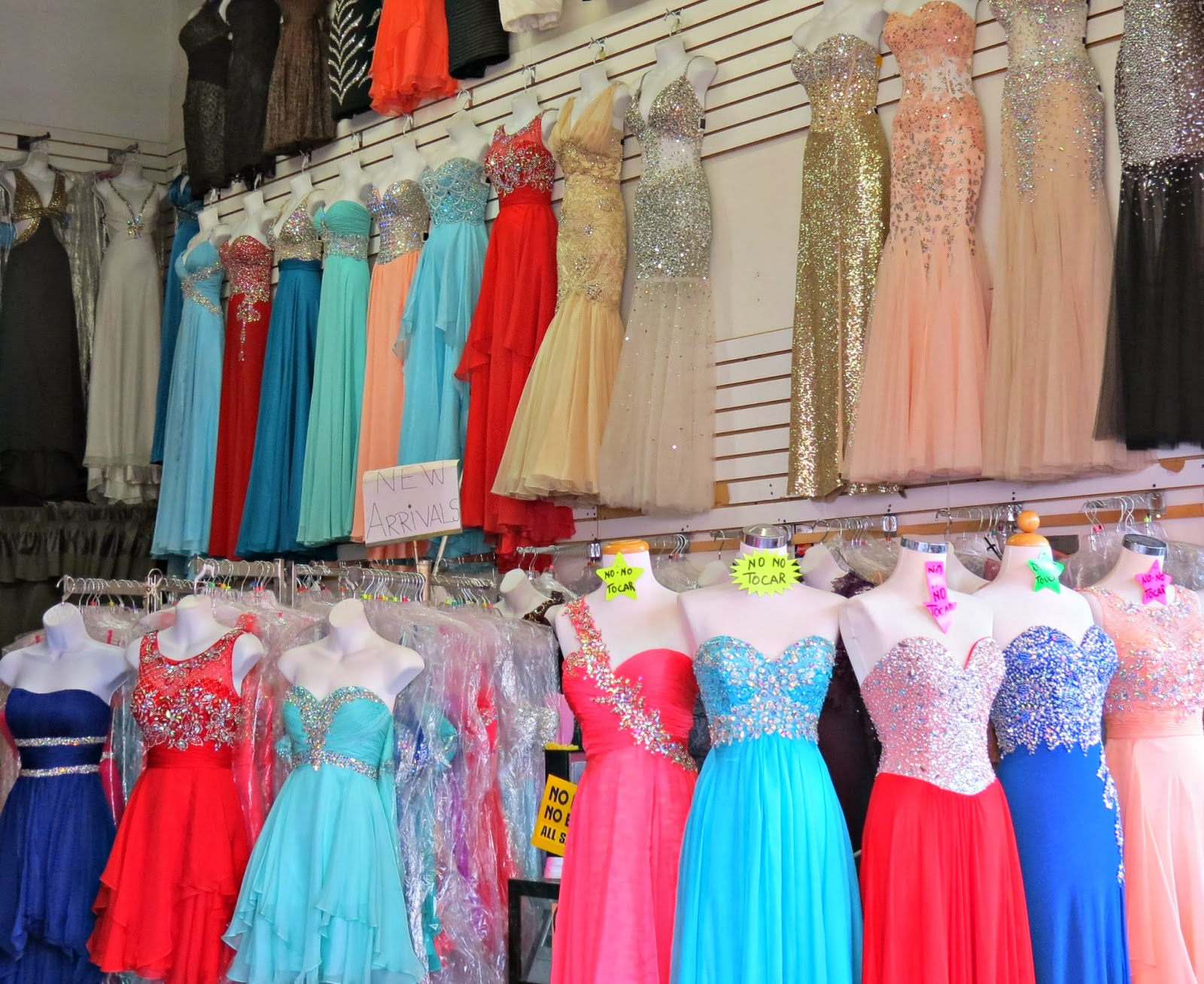 Amazing prom dress stores in los angeles adornment for Wedding dresses garment district los angeles ca