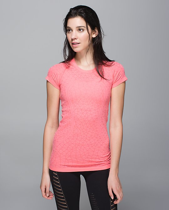 lululemon-electric-coral swiftly-ss