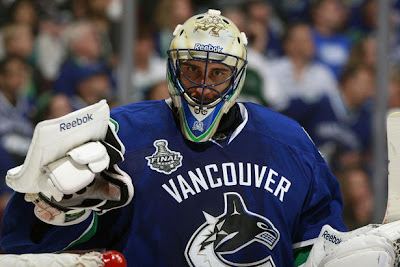 Roberto Luongo Canucks Leafs