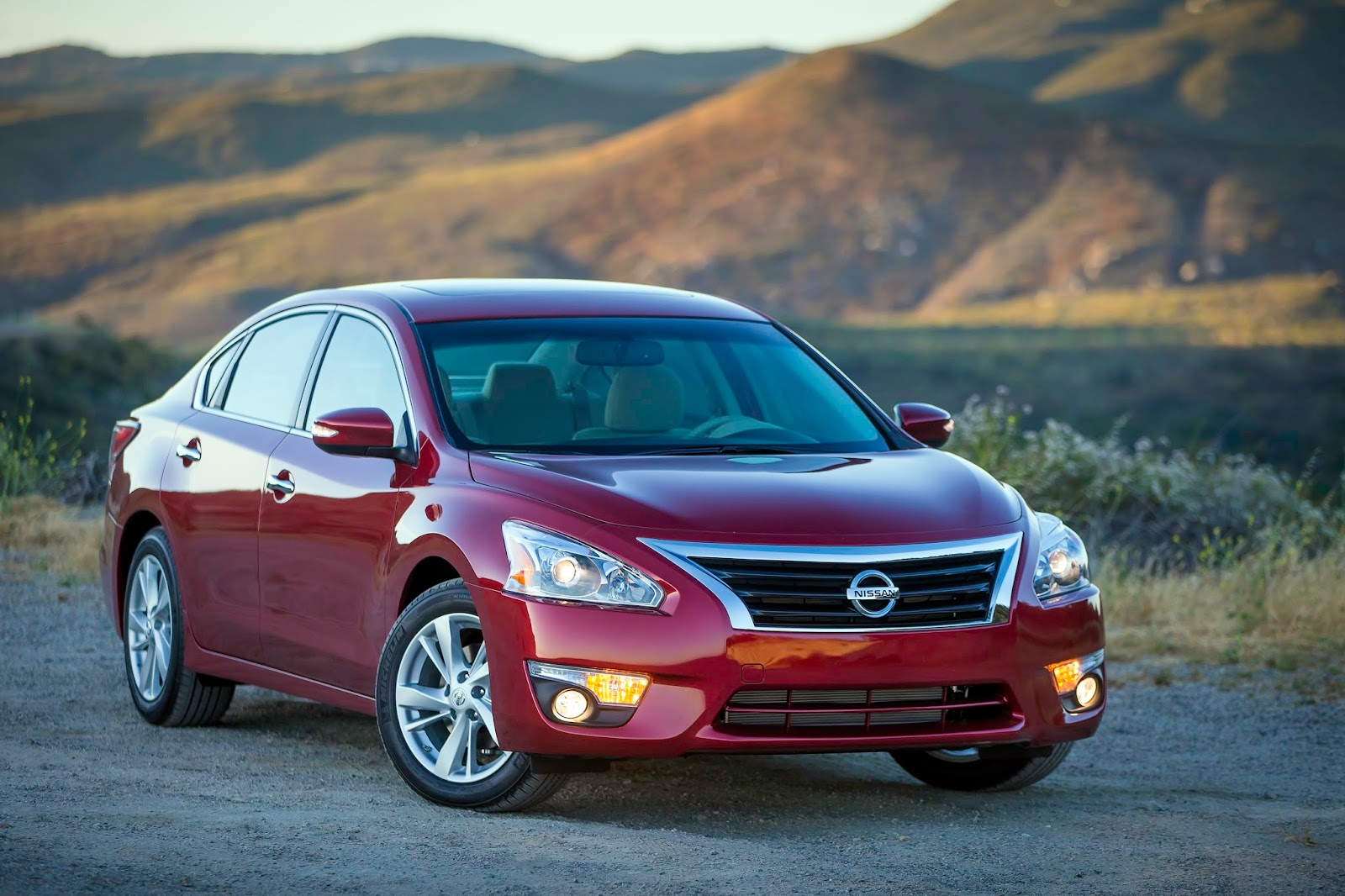 2015 nissan altima sl continues to be a standout in the ultra competitive midsize segment