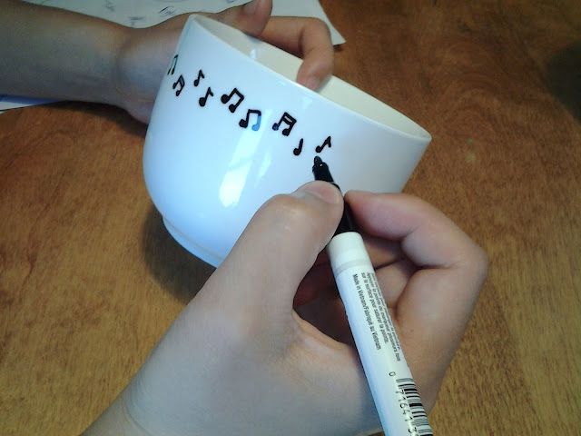 sharpie paint pen mugs