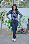 Nithya Shetty dazzling photo shoot-thumbnail-1