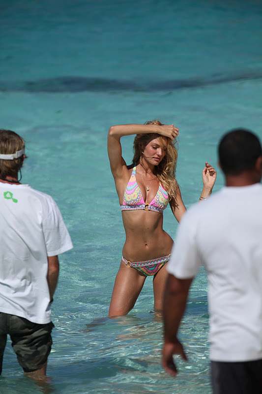 Candice swanepoel-victorias secret in Bora Bora
