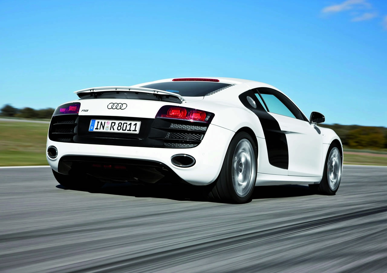 audi r8 car wallpapers hd nice wallpapers. Black Bedroom Furniture Sets. Home Design Ideas