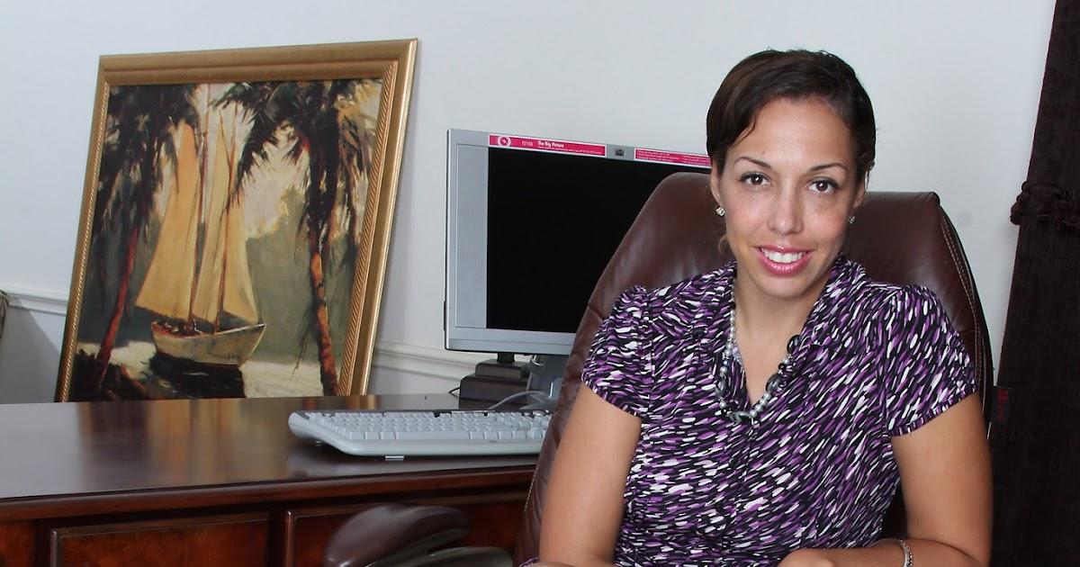 Fernanda Jerson Nude Photos 12
