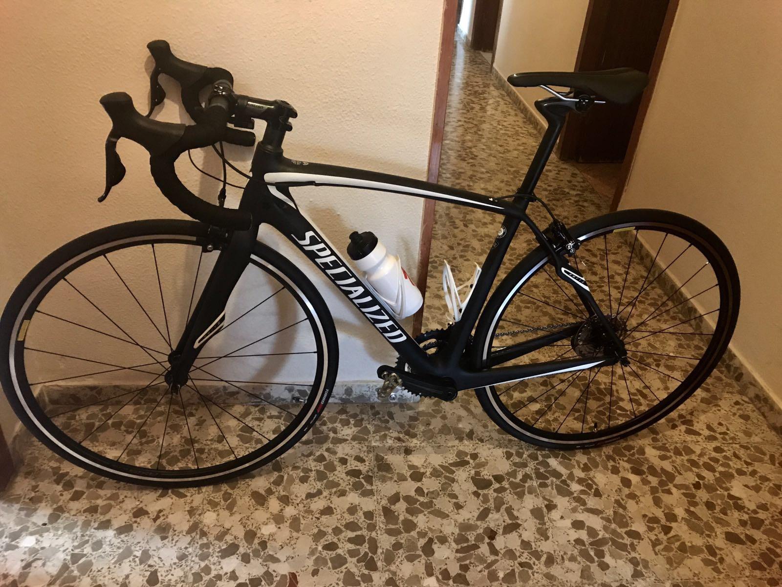 Ángel ha estrenado bicicleta
