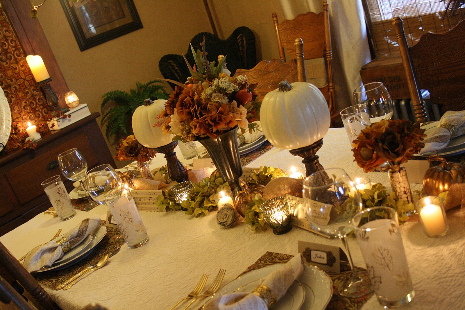 A rustic elegant thanksgiving tablescape - Decoraciones de interiores ...