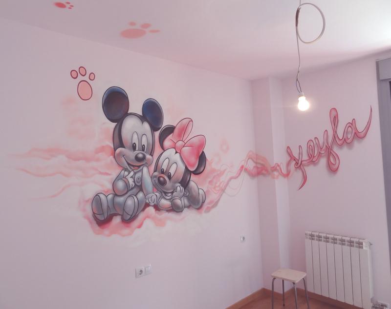 Berok graffiti mural profesional en barcelona decoraci n - Pintar habitacion bebe nina ...