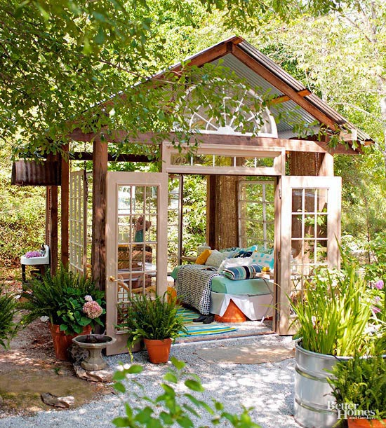 Small simple outdoor living spaces f1 recreation - Simple outdoor living spaces ...