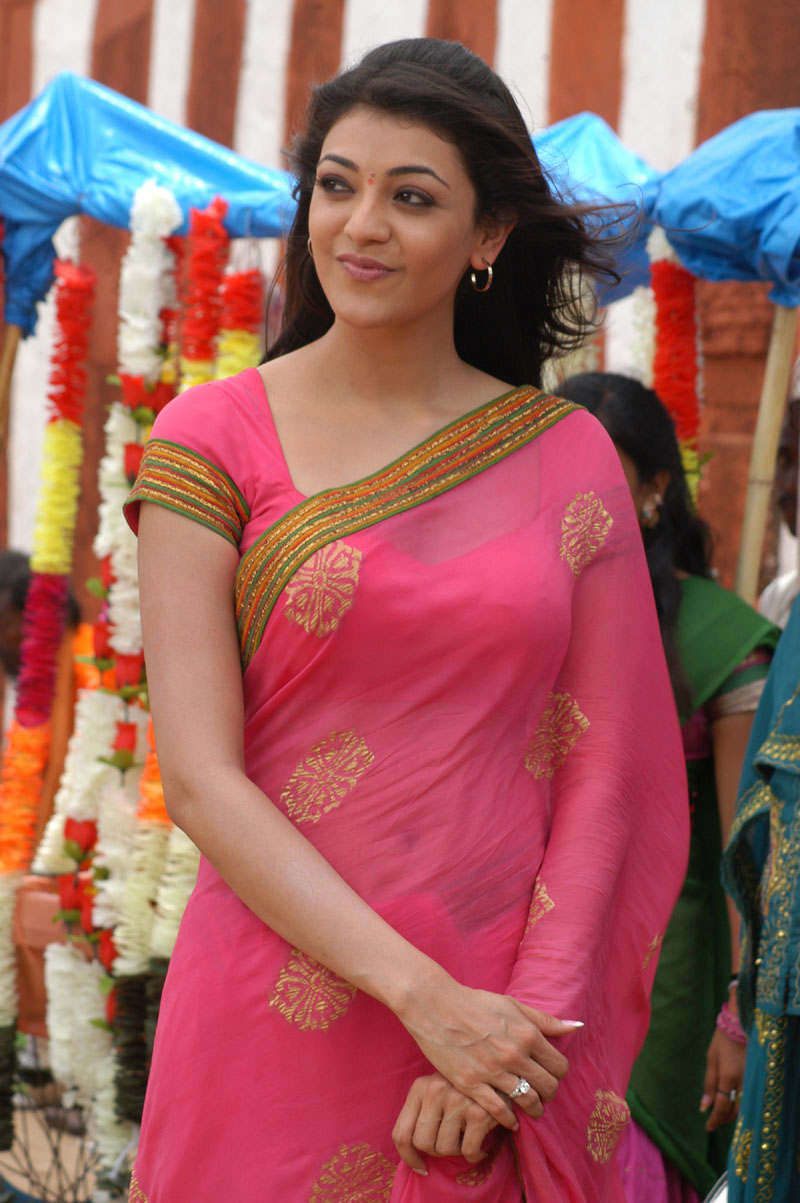 Kajal Agarwal Cute Saree Pictures In Mr Perfect Movie