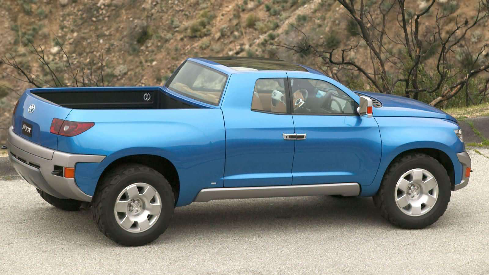 New 2015 Toyota Hilux Preview