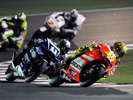 gambar pembalap moto gp