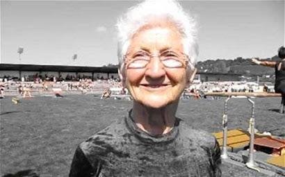 Ginasta alemã «dá show»...aos 86 anos