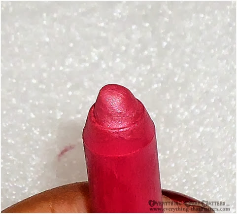 Oriflame+LipImpact+Crayon+Pink+Impact+Swatch+Review+FOTD