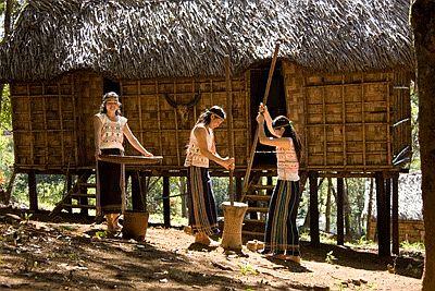 Khám phá Bản làng người Mạ xưa và nay 2