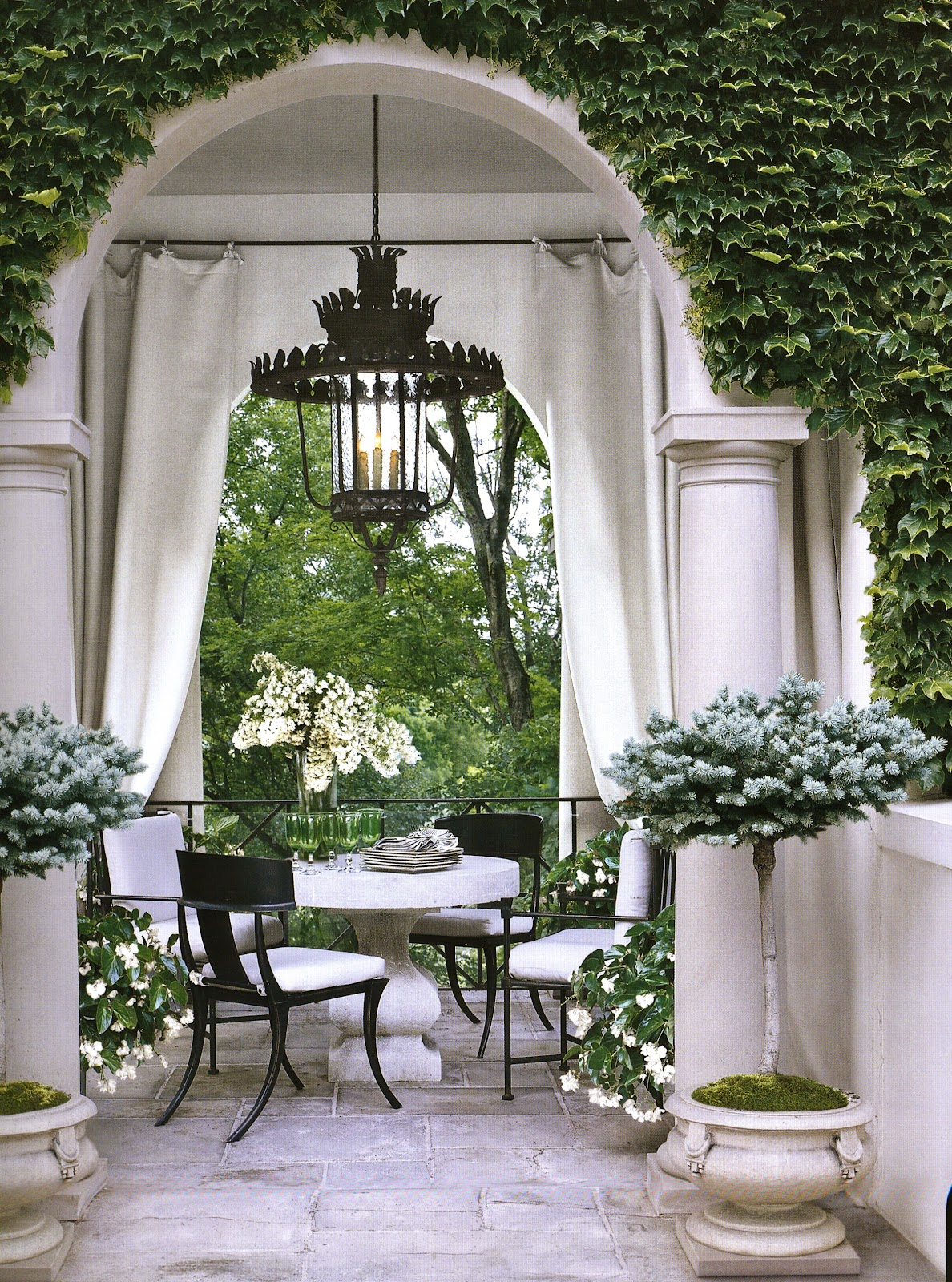 Aesthetically thinking the houses of veranda for Outdoor living magazine