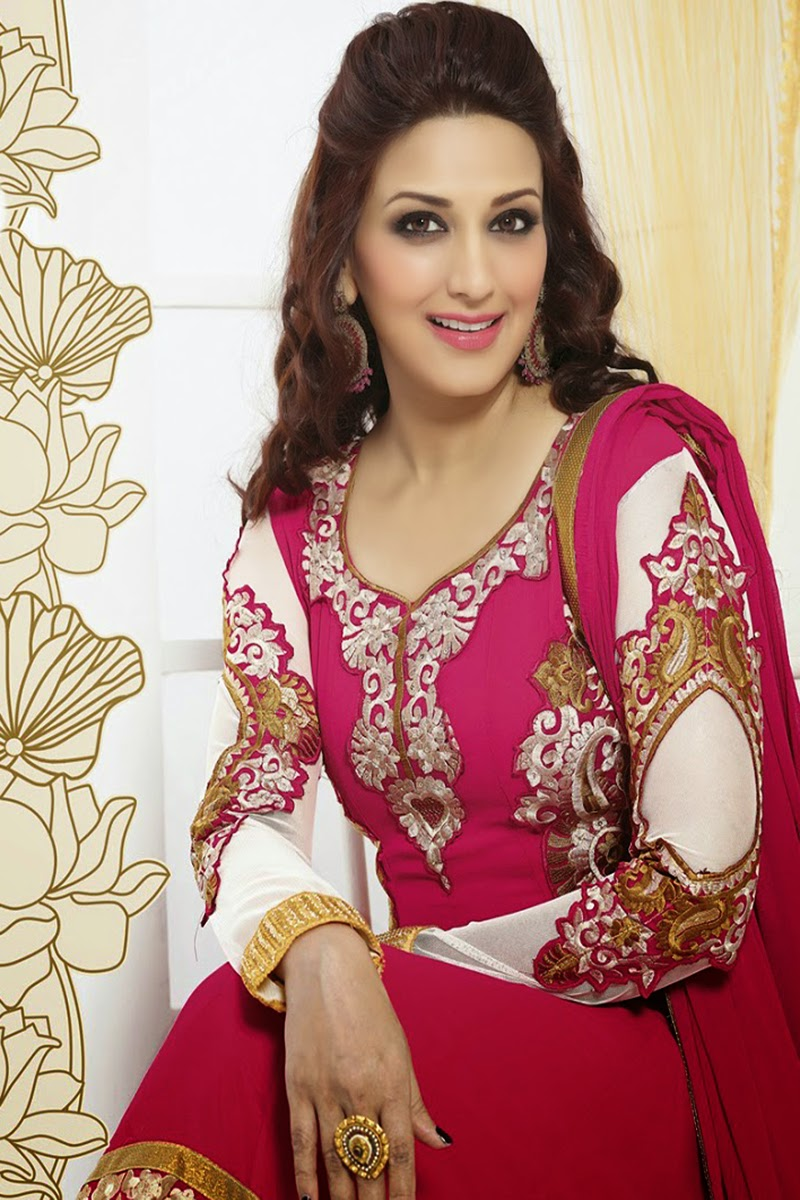 actress hd gallery: sonali bendre latest hd photo stills