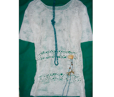 rochie handmade crosetata manual fir de macrame alba border=